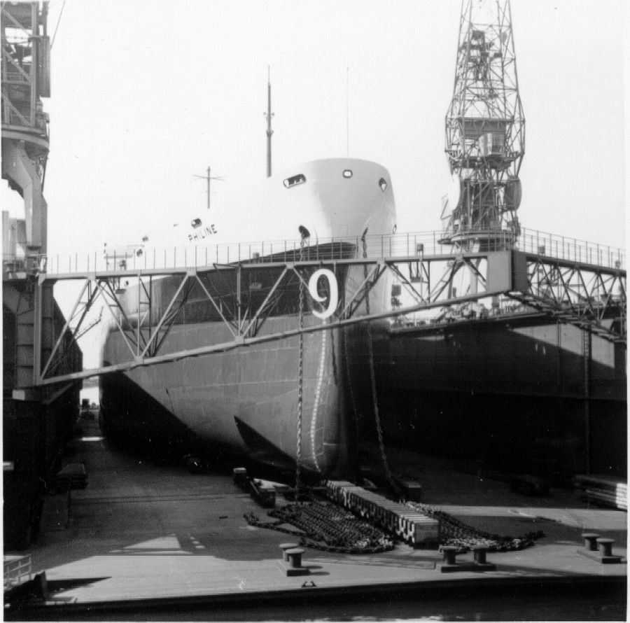 ss Philine in dok 9 RDM zomer 1959